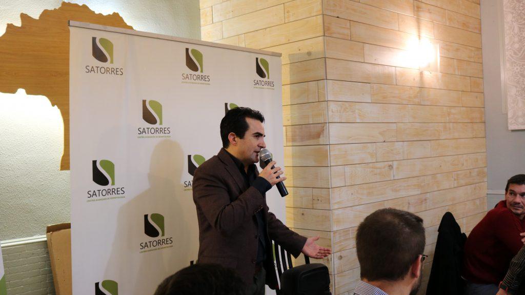 Doctor Satorres en la II Edición Beca Satorres Compromiso Social